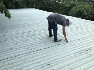 mách bạn cách tự chống dột mái tôn tại nhà đơn giản hiệu quả