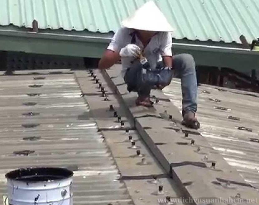 Chống dột mái nhà Hà Nội nhanh chóng, giá rẻ